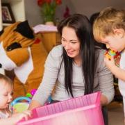 هزینه استخدام پرستار کودک پاسداران