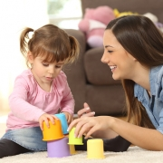 پرستار کودک در فرمانیه ( هزینه استخدام ) | خدمات پرستاری آسایش ایده آل