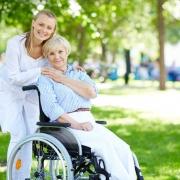 پرستار سالمند در مرزداران ( هزینه و شرایط استخدام )