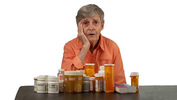 عوارض دارویی سالمندان