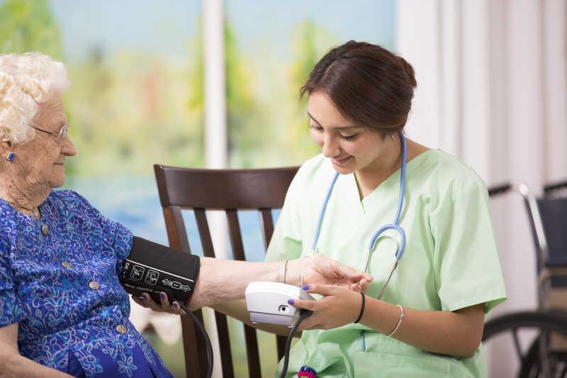هزینه پرستار سالمند در تجریش