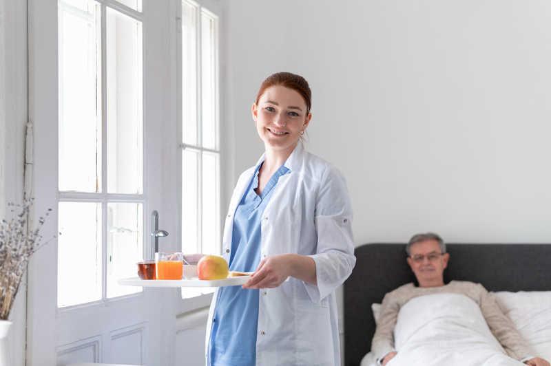 پرستار سالمند در تهرانپارس
