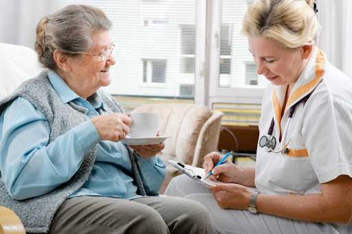 هزینه پرستار سالمند در قیطریه