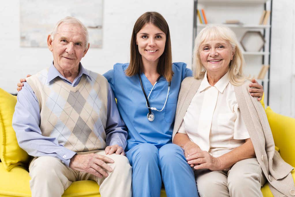 قیمت پرستار سالمند در کرج