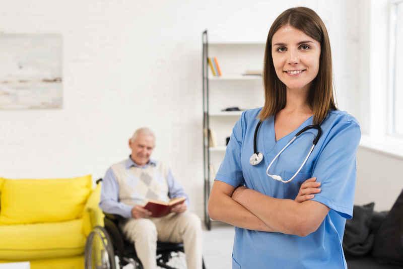 پرستار سالمندان در کرج