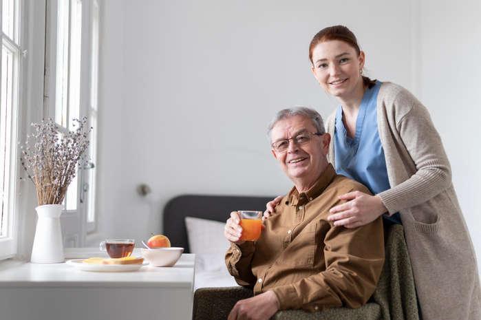 پرستار سالمند در ستارخان