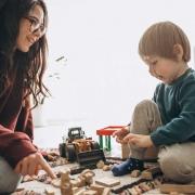 پرستار کودک در کرج ( قیمت پرستار کودک ) (فردیس)