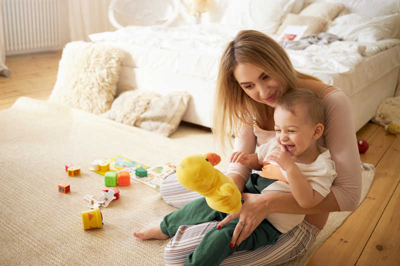 نقش پرستار خلاقیت کودک
