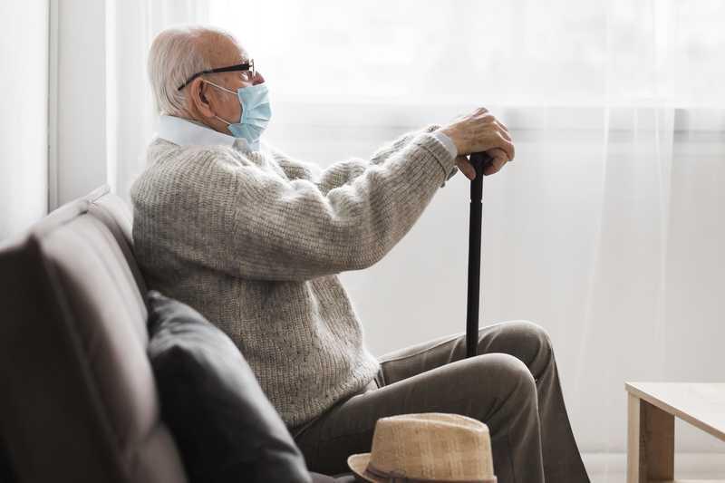 نیاز سالمند به پرستار تمام وقت