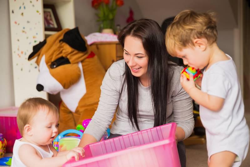 هزینه استخدام پرستار کودک