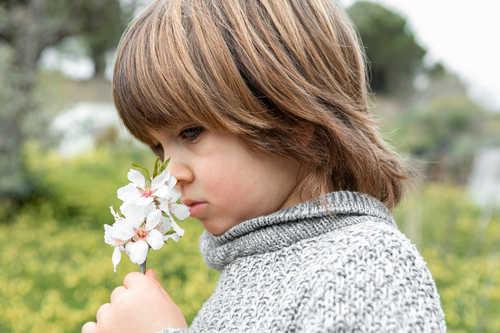 احساس تغییر در طعم و بوی مواد در کودک کرونایی