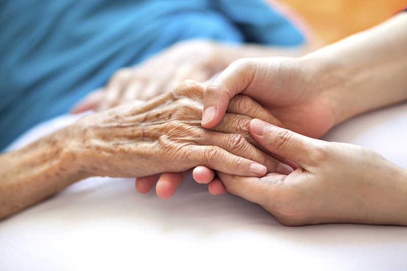 استخدام پرستار سالمند در پونک