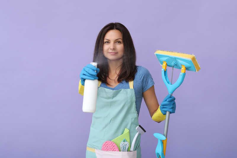 نظافت و آشپزی در منزل