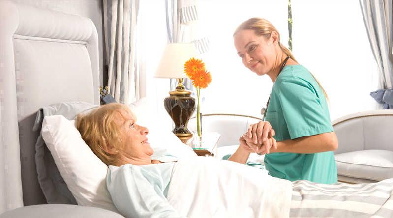 هزینه پرستار سالمند در آریاشهر