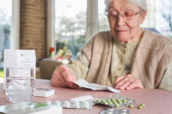 مصرف منظم دارو بیمار پارکینسون