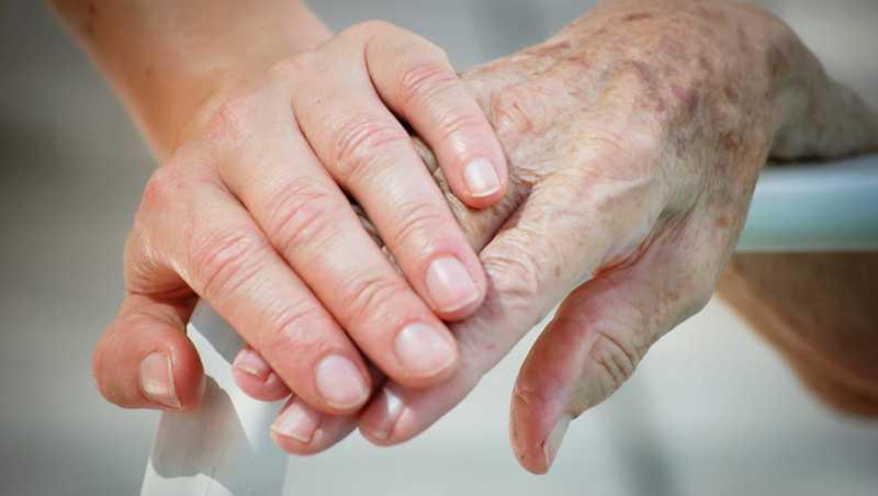 هزینه پرستار سالمند در اندرزگو