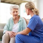 استخدام پرستار سالمند در اندرزگو ( قیمت و شرایط استخدام )