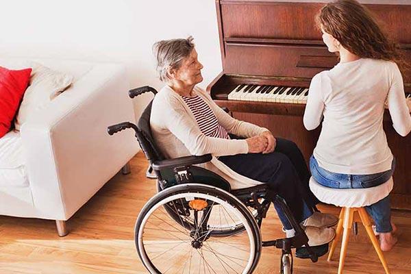 پرستاری از سالمند مبتلا به آلزایمر