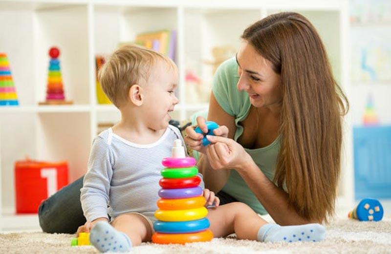 شرایط استخدام پرستار کودک در منزل
