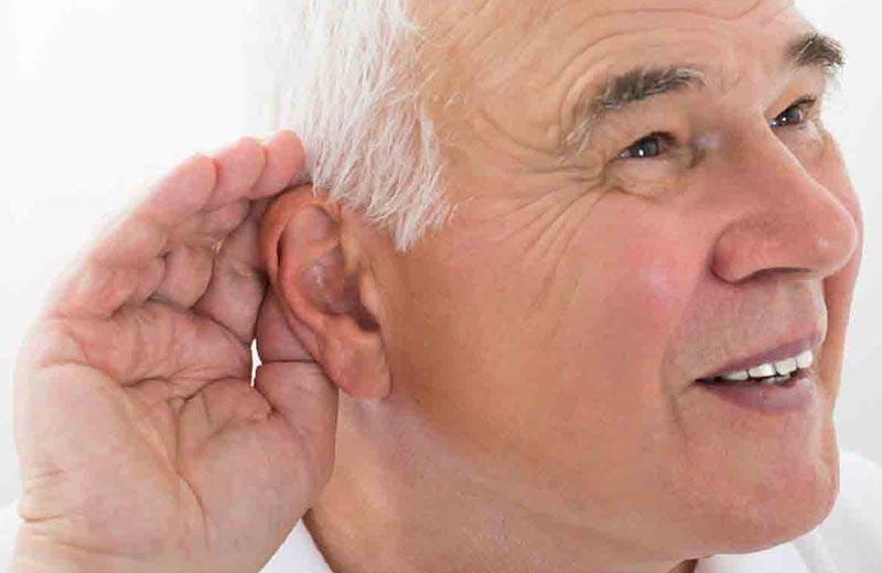 انواع مشکلات شنوایی که سالمندان را تهدید می کنند؛