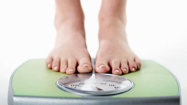 داشتن وزن متعادل برای جلوگیری از بیماری کبد چرب