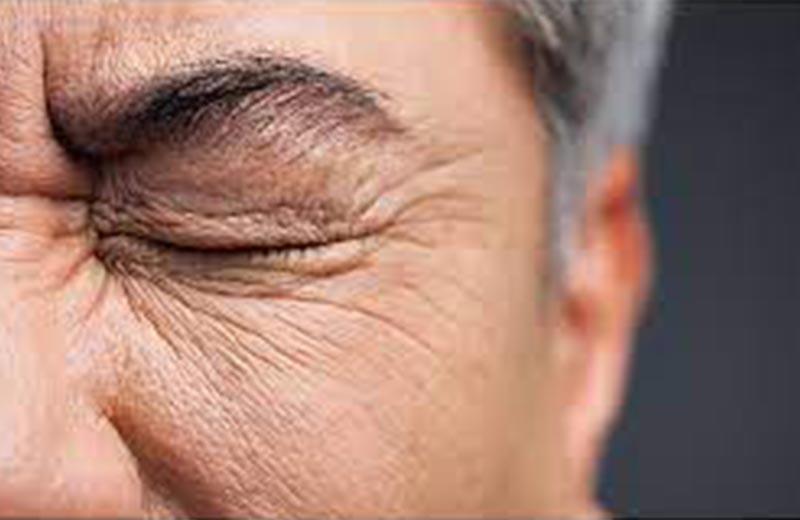 علائم نابینایی در سالمندان