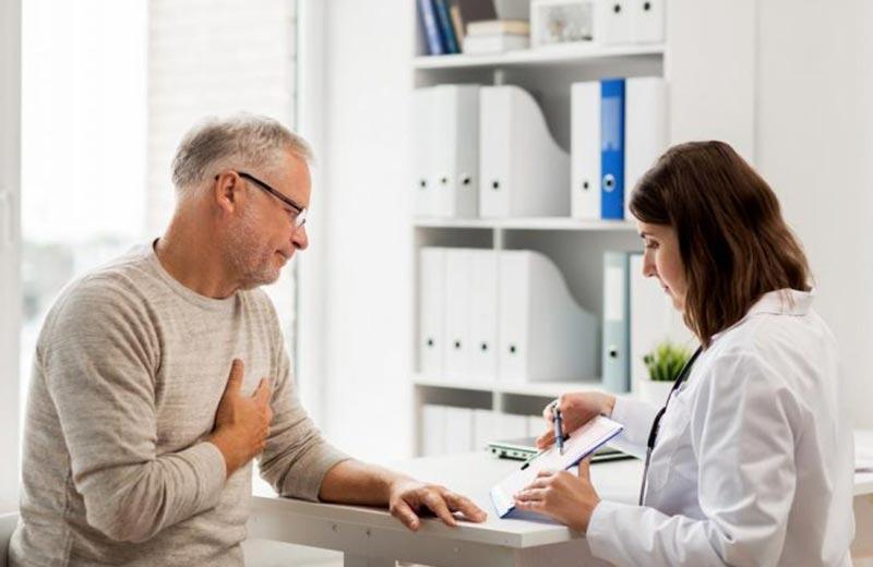 کمبود چربی خون در سالمندان چه عوارضی به دنبال دارد؟
